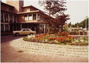 N-03636 Voorzijde gemeentehuis Stokdijkkade Naaldwijk