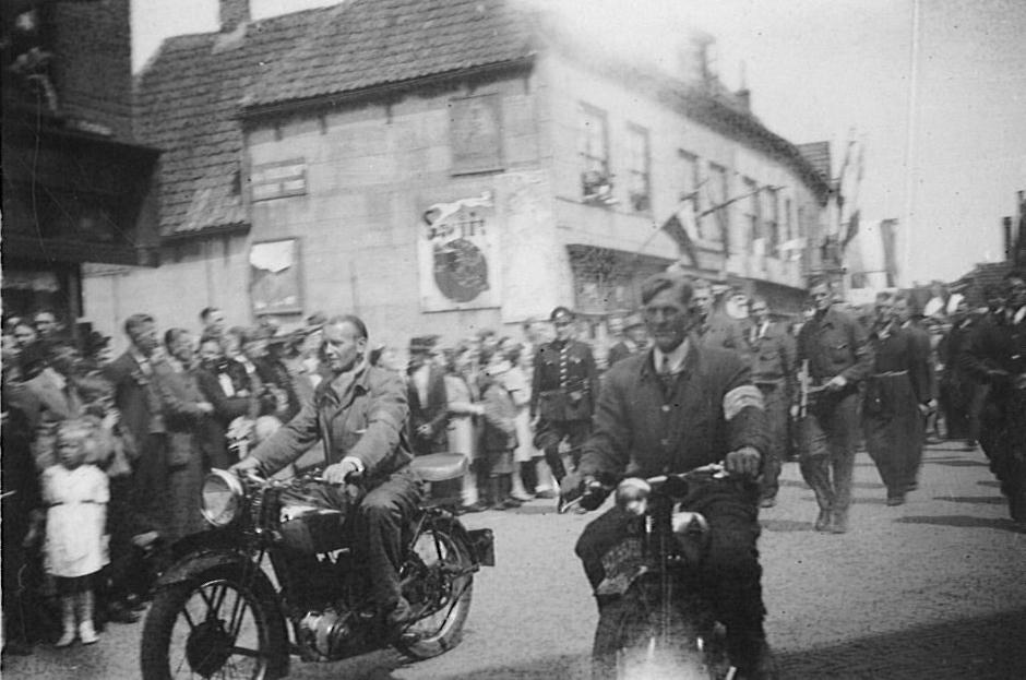 Binnenlandse Strijdkrachten in Monster mei 1945 Foto HAW